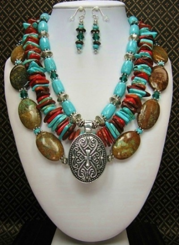 Big Bold Chunky Turquoise Statement Necklace Iris Apfel WOW FACTOR Heavy Gypsy Necklace Couture Red Carpetomira23
